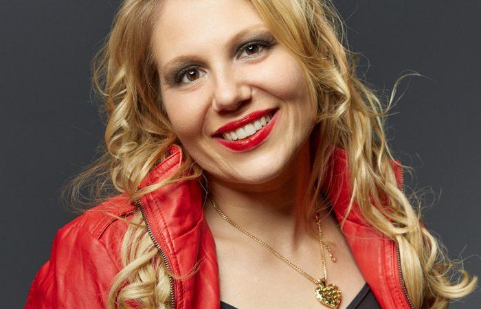 Melanie (Vocals) - Starcover Partyband
